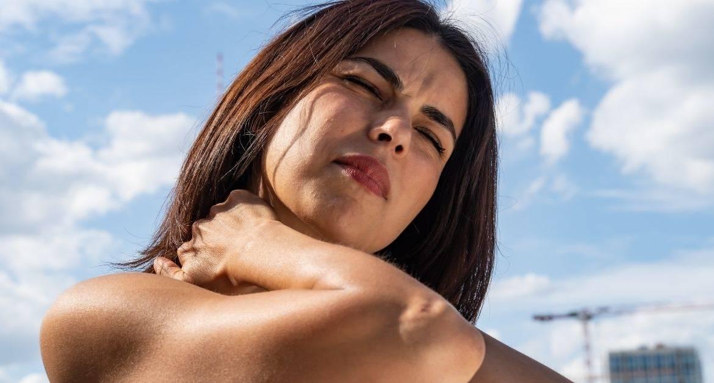 Piccoli consigli per trattare e prevenire la cervicalgia.